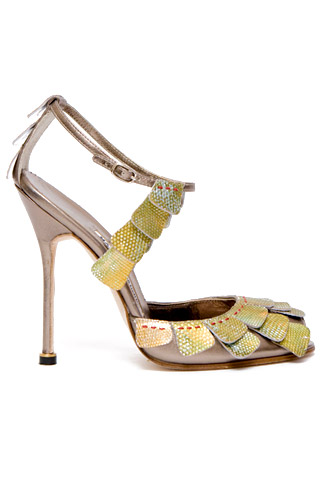 manolo-blahnik-ankle-strap-sandal01