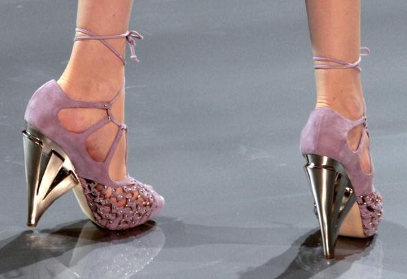 John_Galliano_shoes_35710a