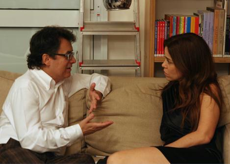 Isabella Prata, aqui num chat com o curado da mostra, Marcos Moraes